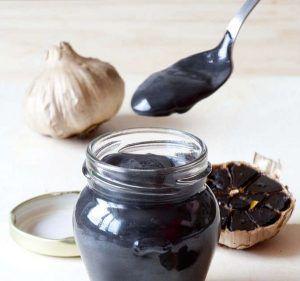 Receita de maionese de alho preto com o Thermomix